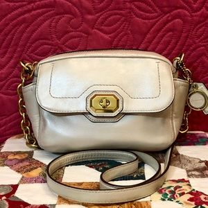 COACH CAMPBELL ABBY TURNLOCK LEATHER CROSSBODY BAG
